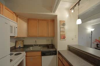 Kitchen, Park 44, 0