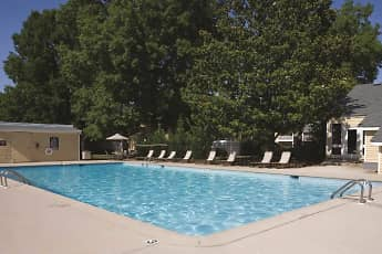 Pool, The Pointe at Bailey Cove, 1