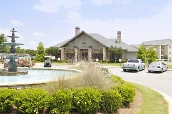 Clubhouse, Houston Lake Apartment Community, 0