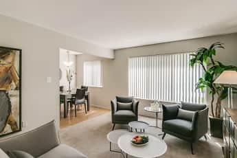 Bloomfield Square Apartments, 0