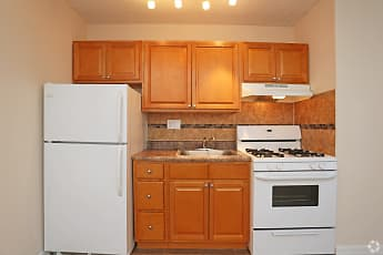 Kitchen, Colonial Point, 2