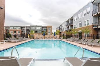 Pool, Heritage at Oakley Square, 2