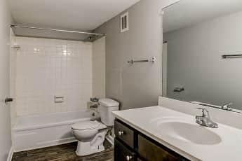 Bathroom, Beldon Spring Lake, 2