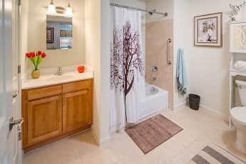 Bathroom, Heritage Village at Bloomfield, 2
