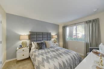 Bedroom, West Oaks Apartments, 1