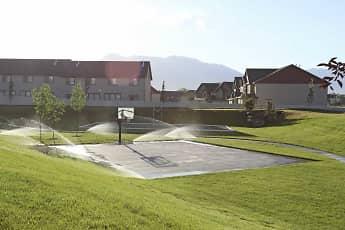 Basketball Court, Aldara Apartments, 2