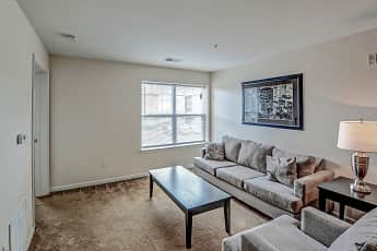 Living Room, Puddledock Place Apartments, 1