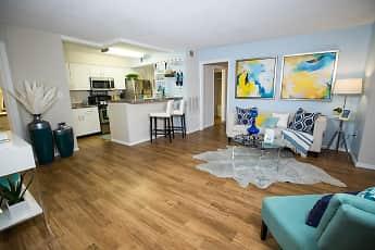 Living Room, River Bluff of Lexington, 0