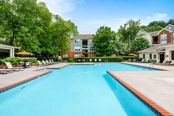 Pool, Colonial Grand at Bellevue, 0