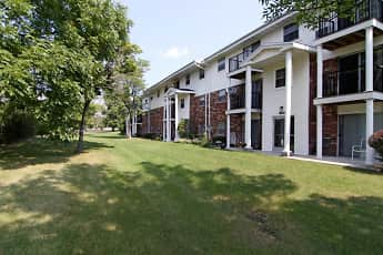Patio / Deck, Mission Hills Apartments, 2
