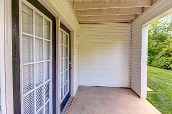 Patio / Deck, Plymouth Ridge Apartments, 2