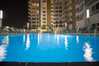 Pool, Channel Club, 0