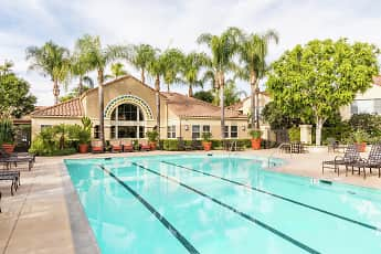 Pool, Santa Maria, 1