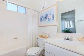 Bathroom, Canyon Country Villas, 2