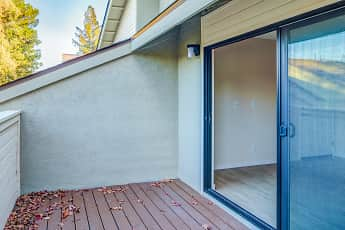 Patio / Deck, Muir Park Condos, 2