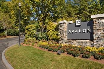 Community Signage, Avalon Bear Hill, 2