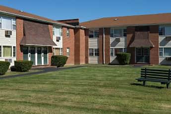 Building, Stevens Manor Apartments, 2