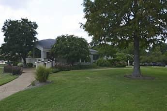 Building, The Lakes at Ridgeway, 1