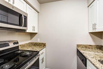 Kitchen, 60 West, 0
