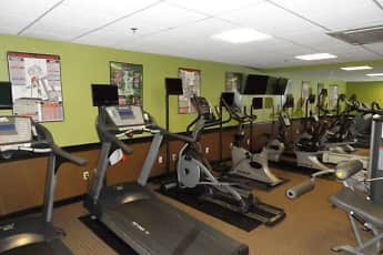 Fitness Weight Room, Plantation Towers, 2