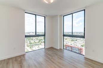 Bedroom, Miami Plaza, 2
