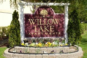 Community Signage, Willow Lake, 0