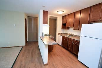 Kitchen, Queen Terrace Apartments, 0