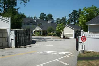 CenterStone Residence, 2