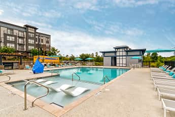 Pool, 9200 Exchange, 0