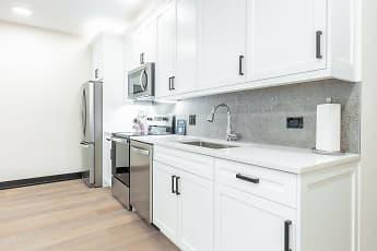 Kitchen, Birchwood on Sterling, 0