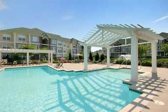 Pool, Rivermont Crossing, 0