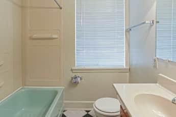 Bathroom, Kimbrough Towers at Lennox Midtown, 2