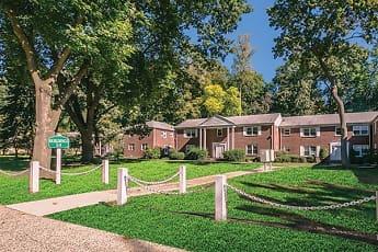 Short Hills Gardens, 0