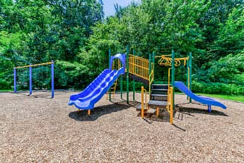 Playground, Woodmill Apartments, 2