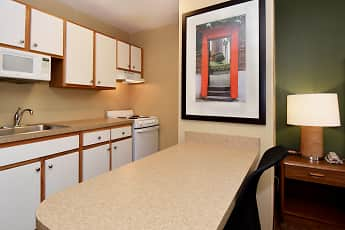 Kitchen, Furnished Studio - Rockford - State Street, 1