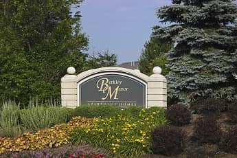 Berkley Manor Apartments, 1