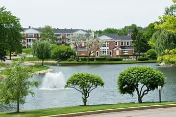 Versailles on the Lakes/Schaumburg, 2