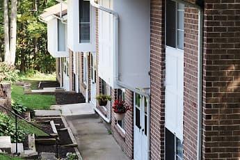 Morgan Manor Apartments, 1