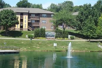 Lake, Willow Lake Apartments, 0