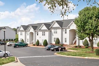 Hudson Woods Apartments, 1