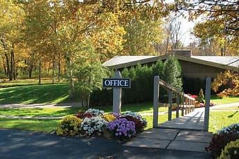 Community Signage, 600 Apartments, 1