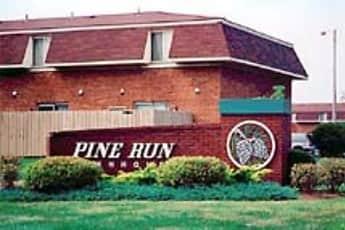 Community Signage, Pine Run Townhomes, 0