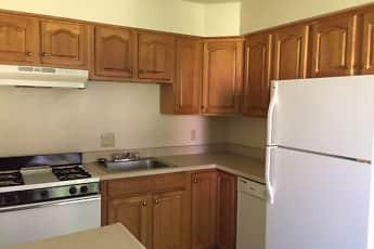Kitchen, Brambury Ridge Apartments, 1