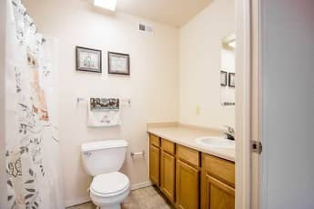 Bathroom, Chapel Ridge Of Marion, 2