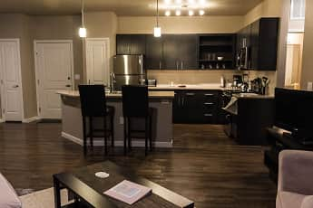 Kitchen, The District at Parkcenter, 1