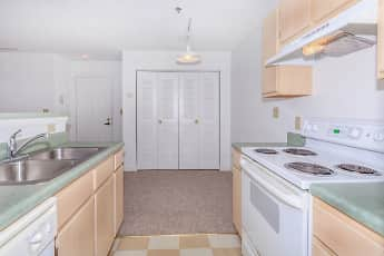 Kitchen, Willow Trace Apartments, 0