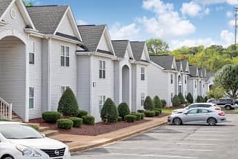 Hudson Woods Apartments, 0