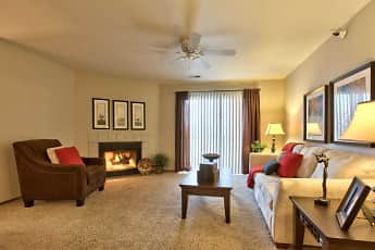 Living Room, The Pointe, 1