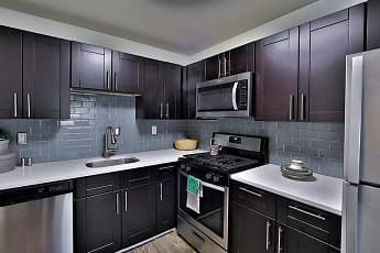 Kitchen, Willow Run at Mark Center, 0
