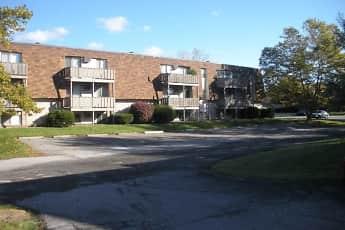 Building, Southwyck Apartments, 0